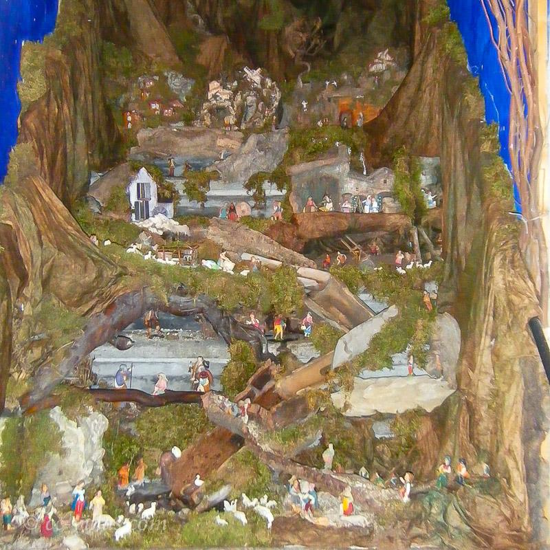 Weihnachten in der Toskana - Krippe mit reichhaltiger Darstellung