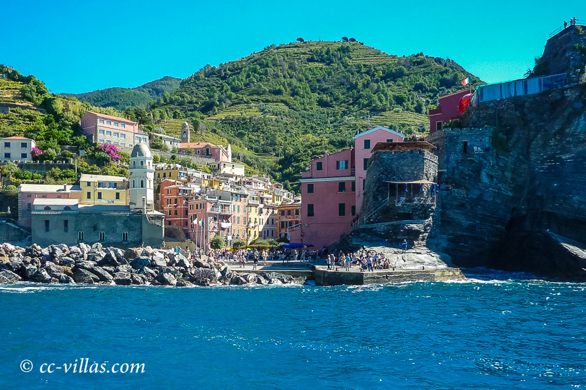 Cinque Terre Ligurien - Vernazza mit Bellforte