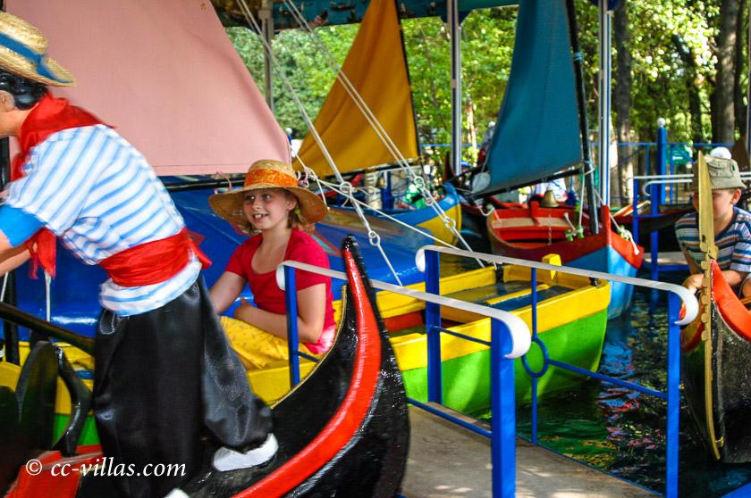 Pinocchio Park Collodi - Bötchen fahren macht auch Spaß