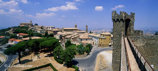 Tuscia Montalcino Stadtansicht von der Festung