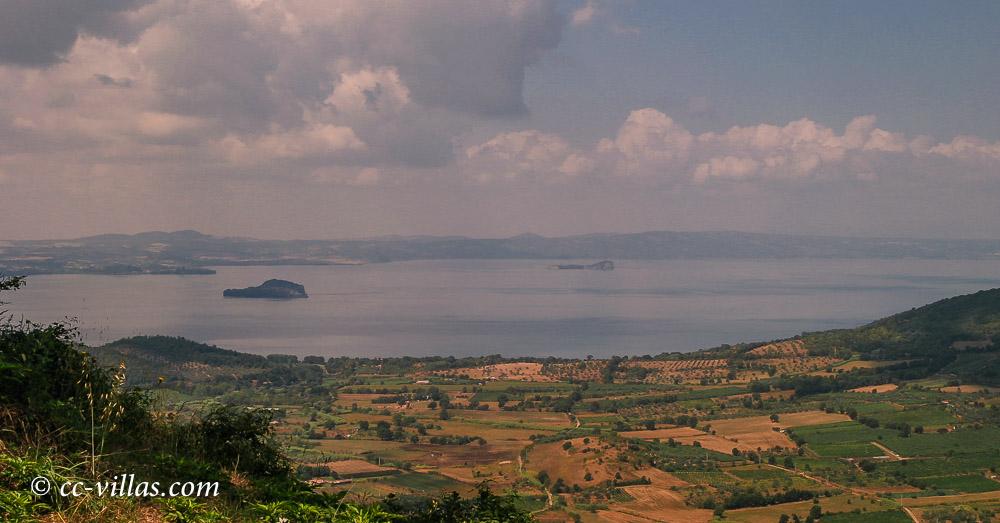 Montefiascone Lago Bolsena vom Palast gesehen