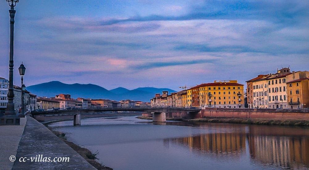 Pisa Toskana - Brücke am Arno