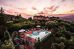 Exclusive villa in panorama position at Monsummano Terme